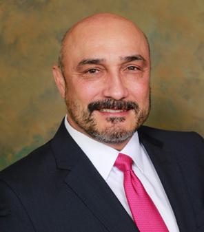 Dr. Christian Guzman Headshot